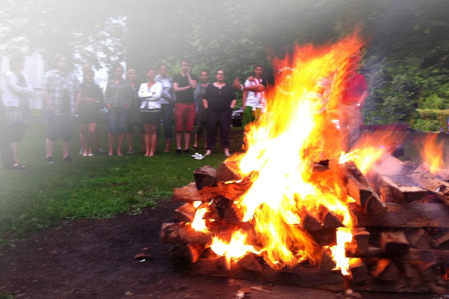 Feuerlauf: Erlebnis-Mentaltraining